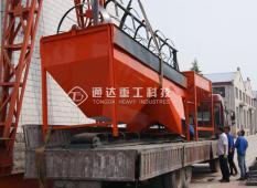 陕西安康客户有机肥滚筒筛、发酵设备发货现场